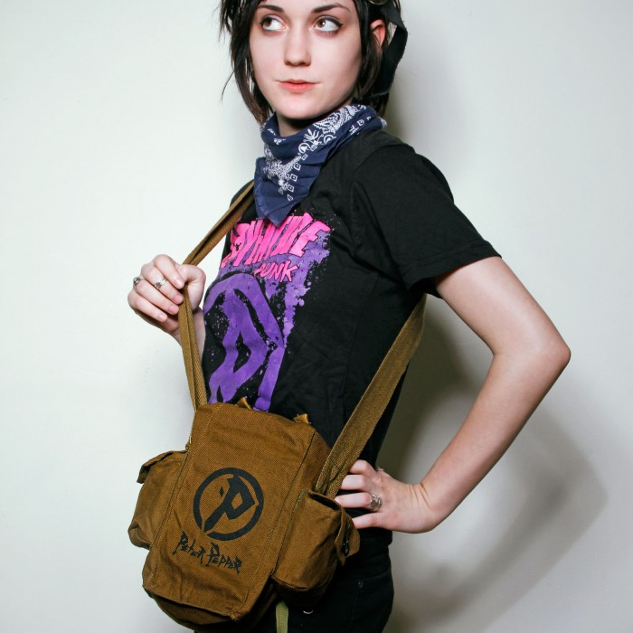 Peter Pepper Adventure Punk Sling-Bag